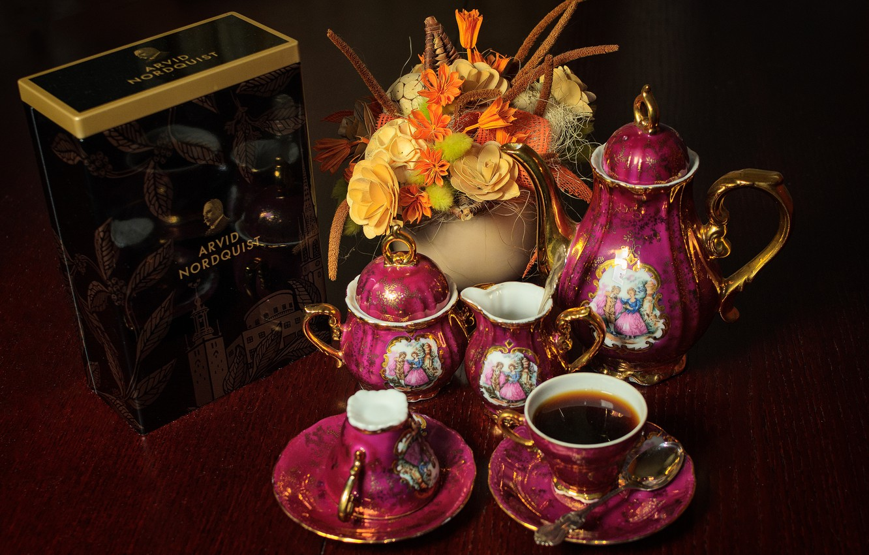 Photo wallpaper flowers, coffee, bouquet, tea, Madonna service
