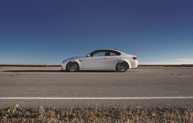 Photo wallpaper road, white, bmw, BMW, profile, white, drives, e92