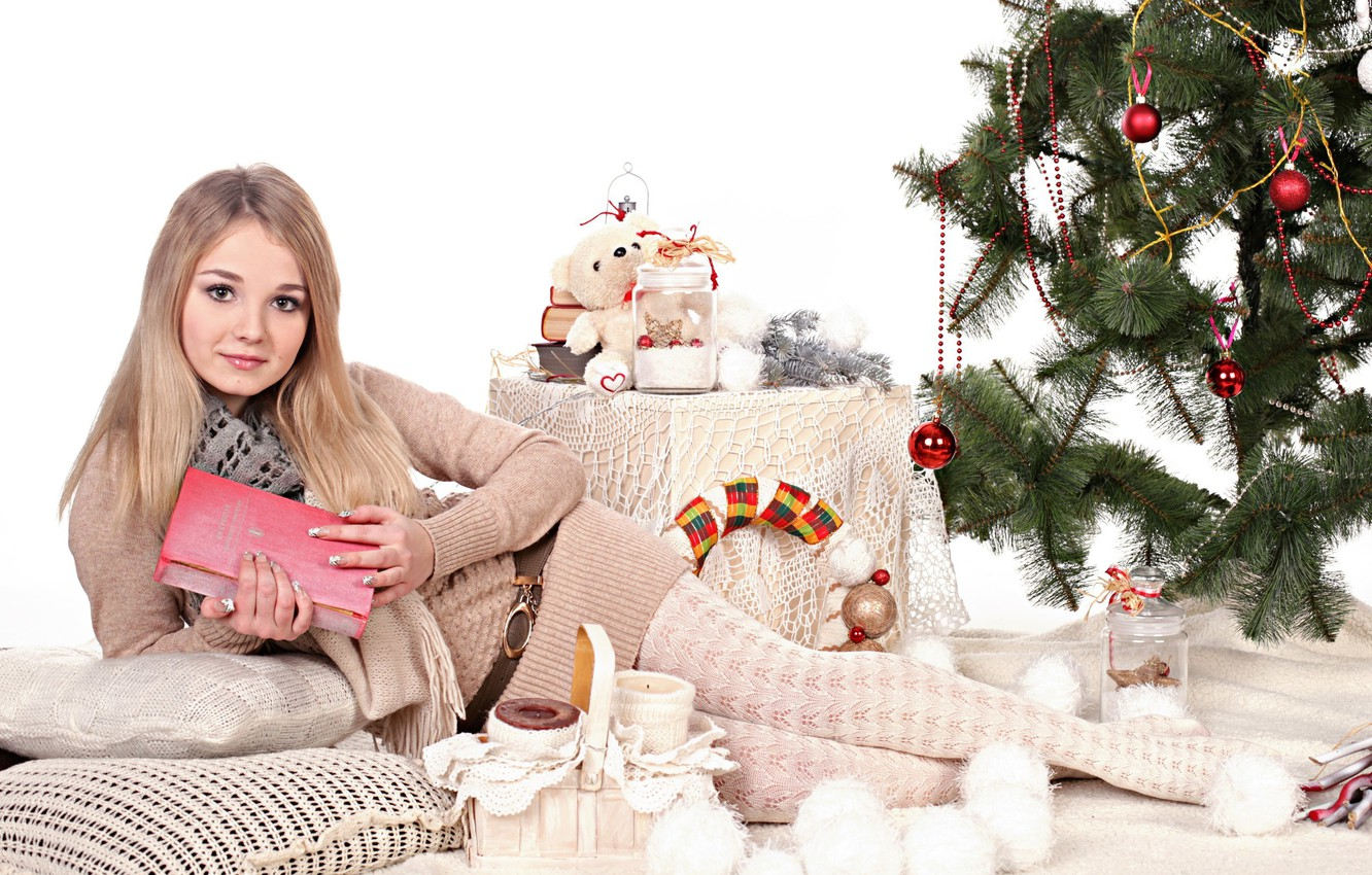 Photo wallpaper look, girl, balls, decoration, face, smile, holiday, sweetheart, model, toys, tree, new year, beauty, lies, …