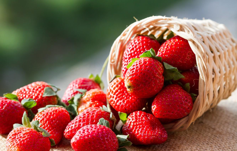 Photo wallpaper berries, strawberry, basket