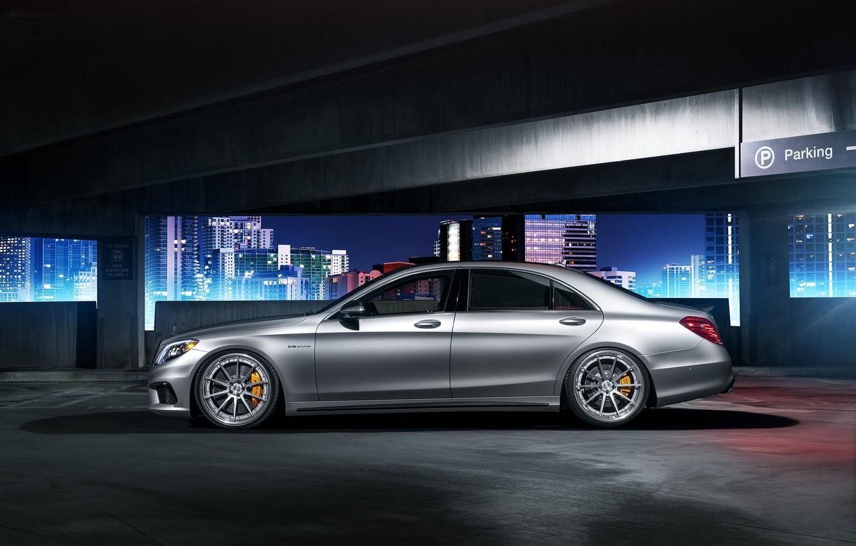 Photo wallpaper Mercedes-Benz, night, parking, profile, S63