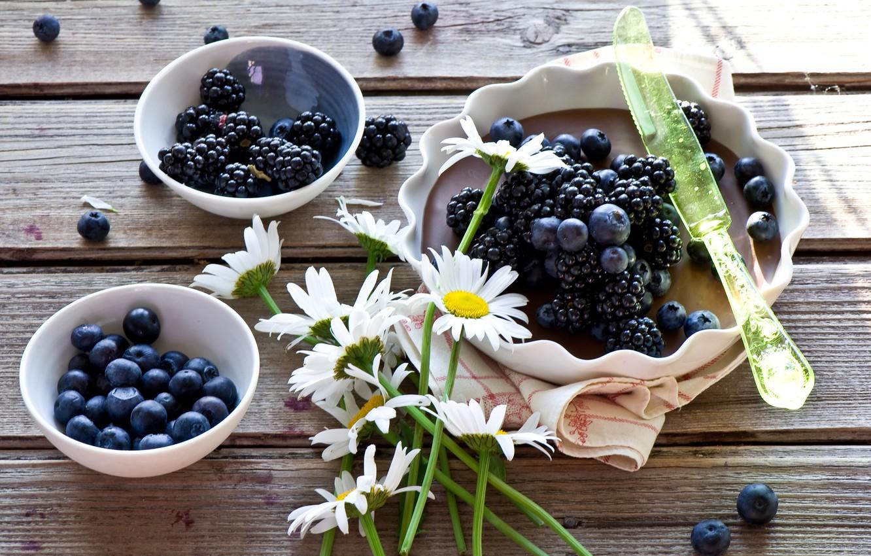 Photo wallpaper flowers, berries, chamomile, pie, knife, BlackBerry, blueberries