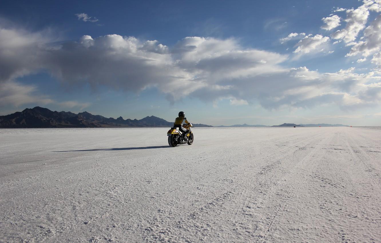 Photo wallpaper desert, mountain, race, usa, utah, bonneville salt flats