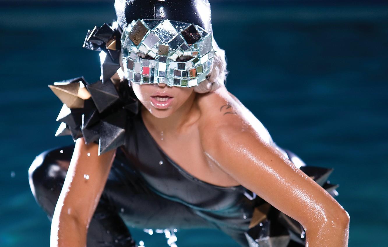 Photo wallpaper girl, music, pool, music, actress, mask, singer, pool, celebrity, singer, fame, Lady Gaga, pop, Lady …