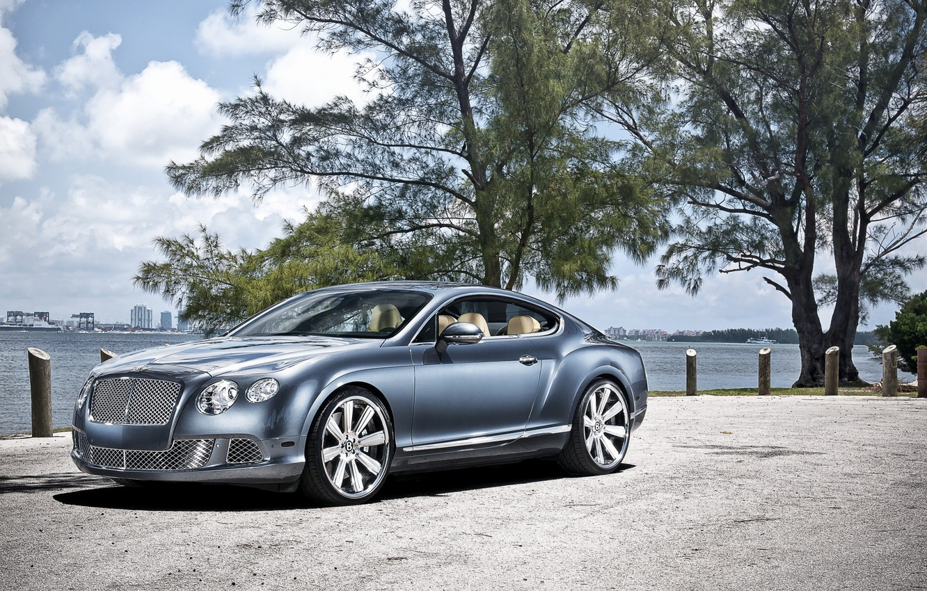 Photo wallpaper the sky, trees, shore, coupe, Bentley, Continental, Continental, Bentley, the front
