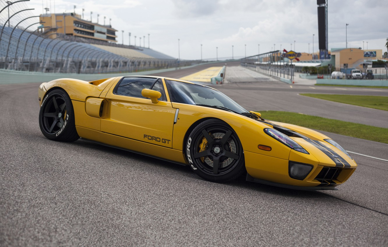 Photo wallpaper Ford, yellow, track, hre, gt