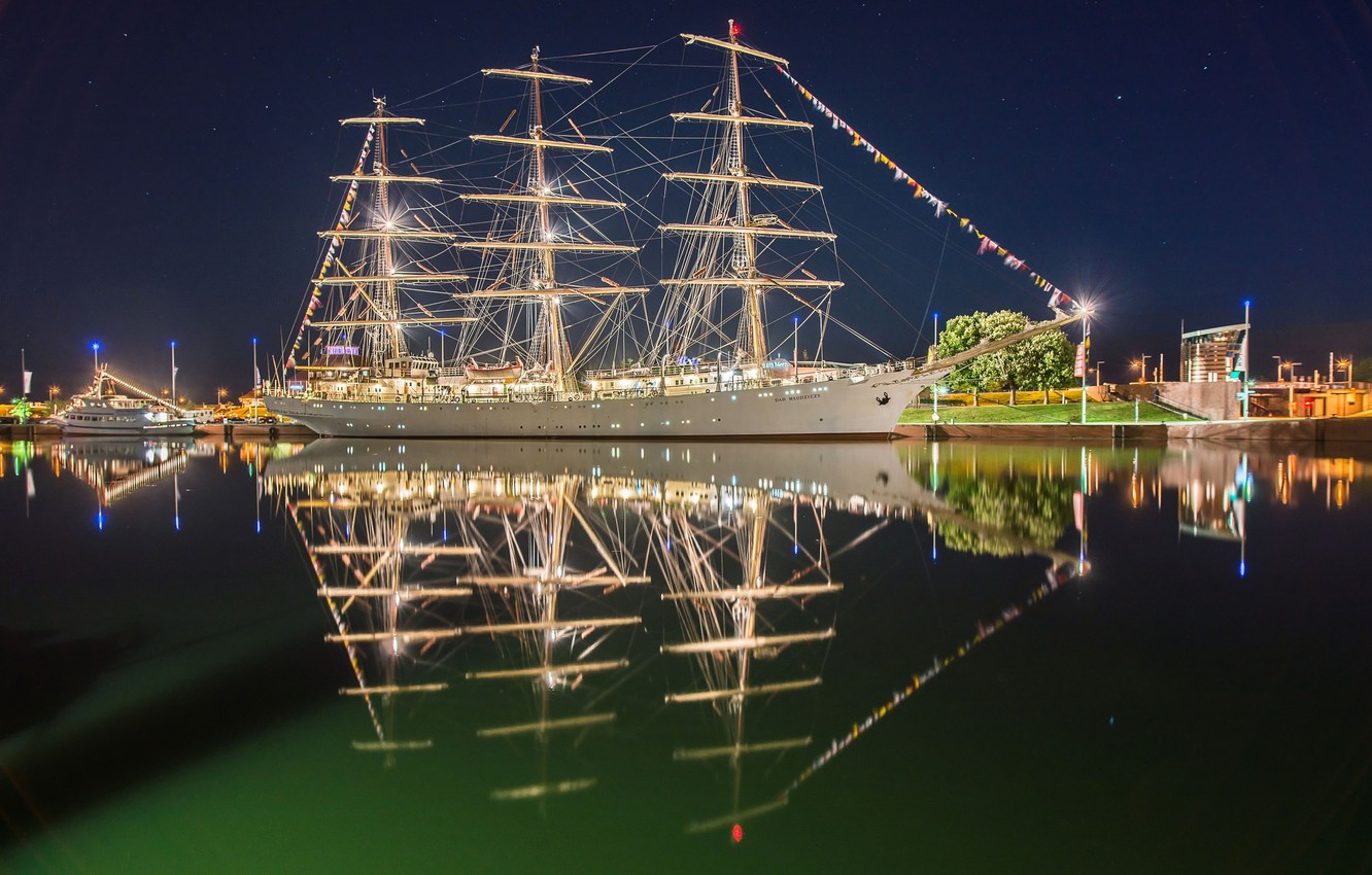 Photo wallpaper reflection, river, sailboat, Germany, Germany, frigate, Bremerhaven, Bremerhaven, Weser River, the river Weser, The Gift …