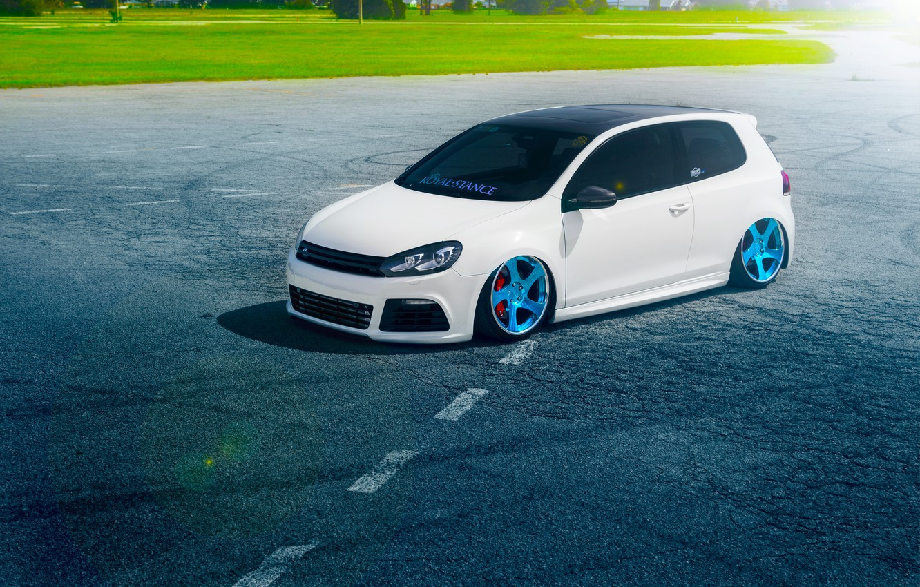 Photo wallpaper Volkswagen, Grass, Blue, Sun, Color, White, Golf, Stance, Wheels, Royal, Beam, Panchito