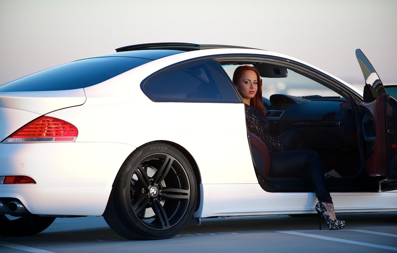 Photo wallpaper white, girl, bmw, BMW, girl, white, leg, side view, e63, door