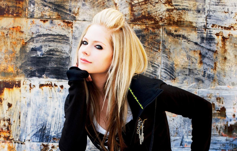 Wallpaper Look Blonde Avril Lavigne Images For Desktop