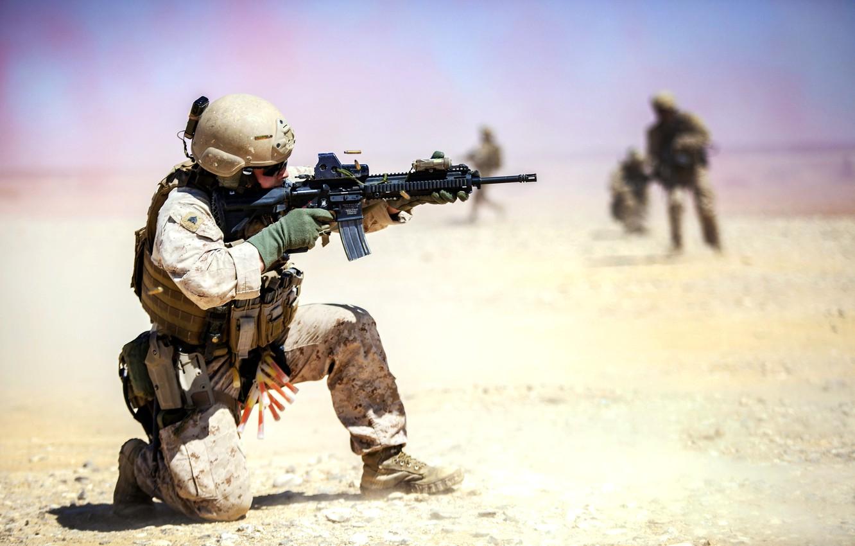 Photo wallpaper weapons, fire, desert, soldiers, sleeve, Iraq