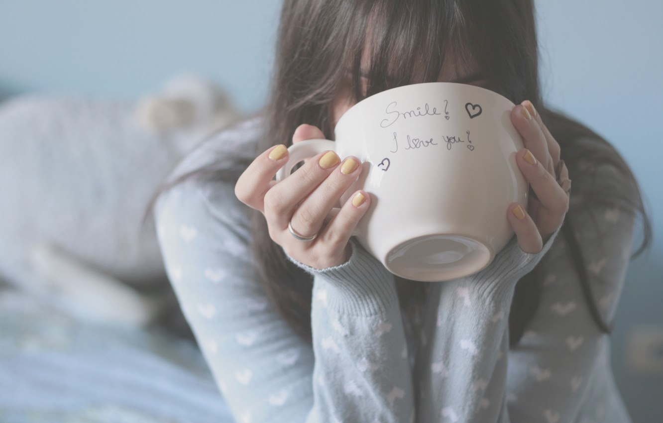 Photo wallpaper girl, background, the inscription, mood, heart, bed, blur, hands, brunette, ring, mug, Cup, hearts, fingers, …