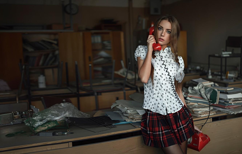 Photo wallpaper phone, George Chernyadev, Kseniya Kokoreva, Call from the past, The call from the past