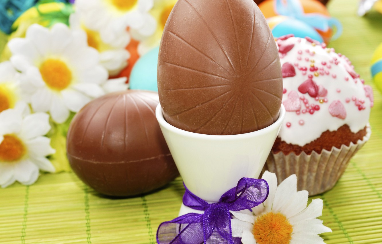 Photo wallpaper photo, Chocolate, Chamomile, Easter, Eggs, Holiday, Food, Bow
