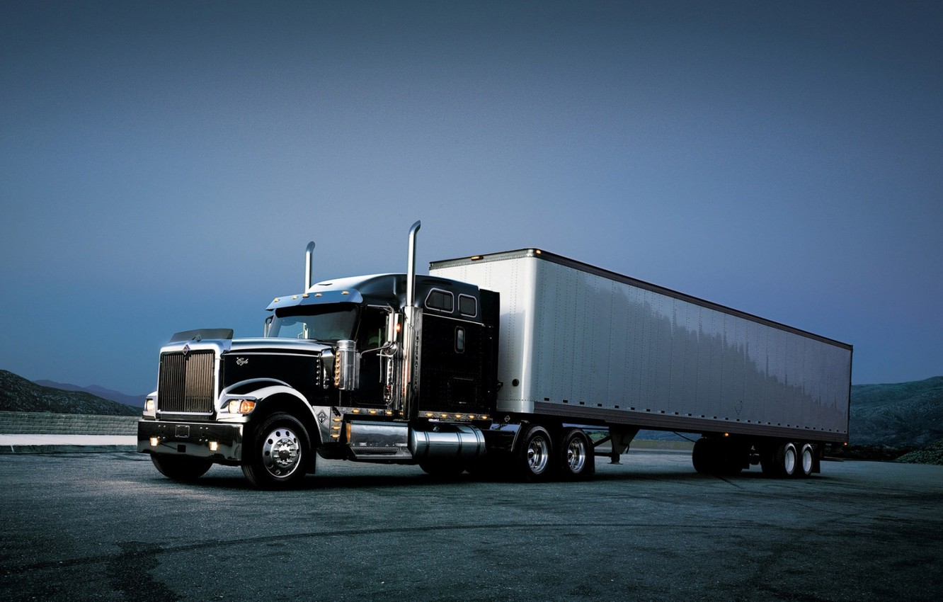 Photo wallpaper the sky, truck, the front, track, tractor, international, Trak, 9900i