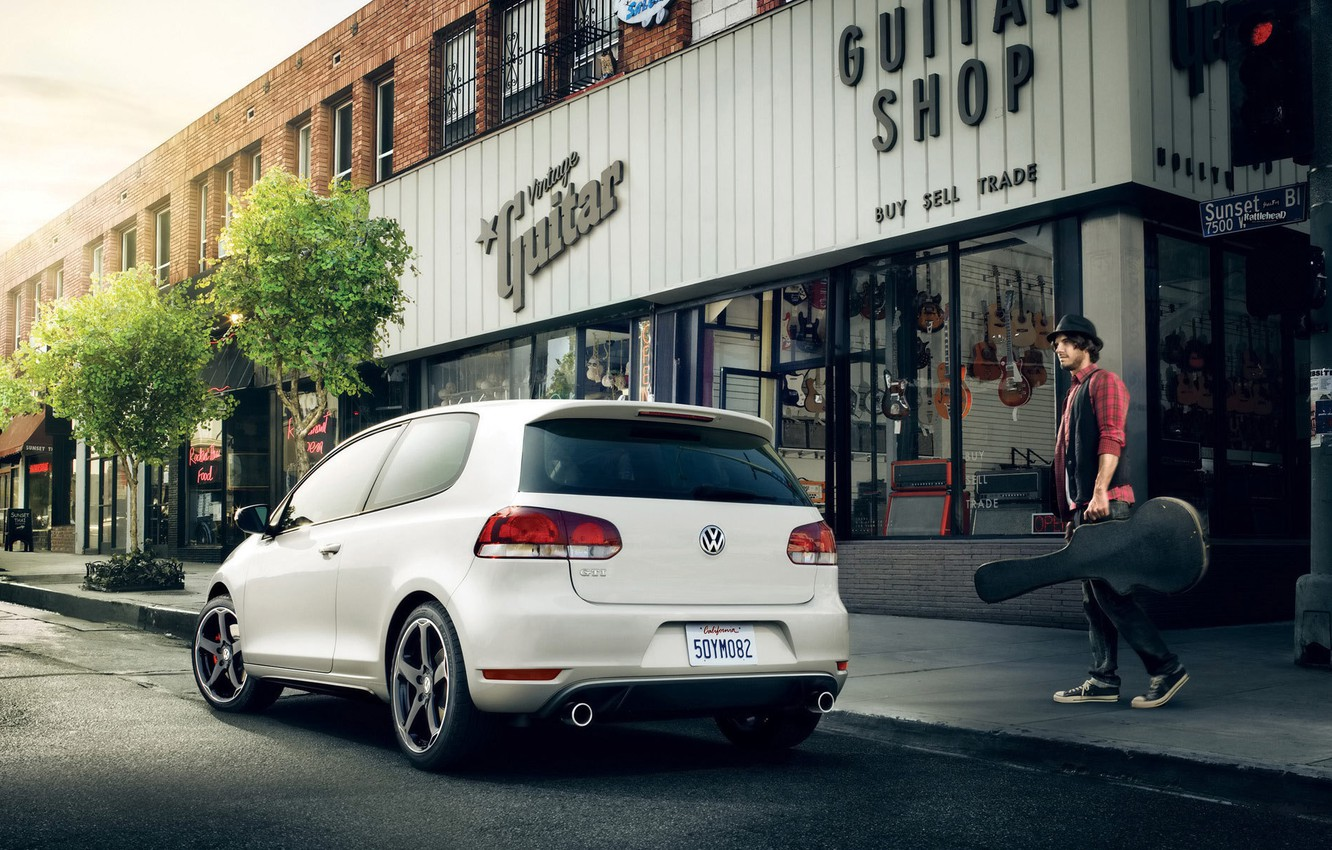 Photo wallpaper road, auto, music, people, home, guys, the sidewalk, road, men, volkswagen golf, boys, stores, stores