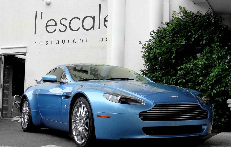 Photo wallpaper Aston Martin, Vantage, wheels, blue, hrome