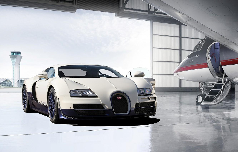 Photo wallpaper the plane, garage, Bugatti, hangar, Veyron, Bugatti, Super Sport, garage, plane, hangar, Veyron, super sport