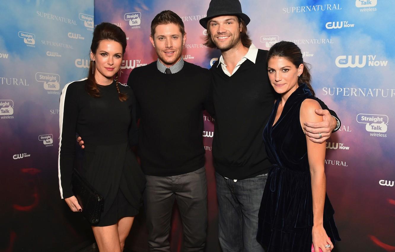 Photo wallpaper Supernatural, Jensen Ackles, Supernatural, Over The Padalecki Jared, Genevieve Padalecki, Danneel Ackles