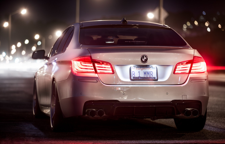 Photo wallpaper night, BMW, white, rear, F10, 5 Series, b1mmr