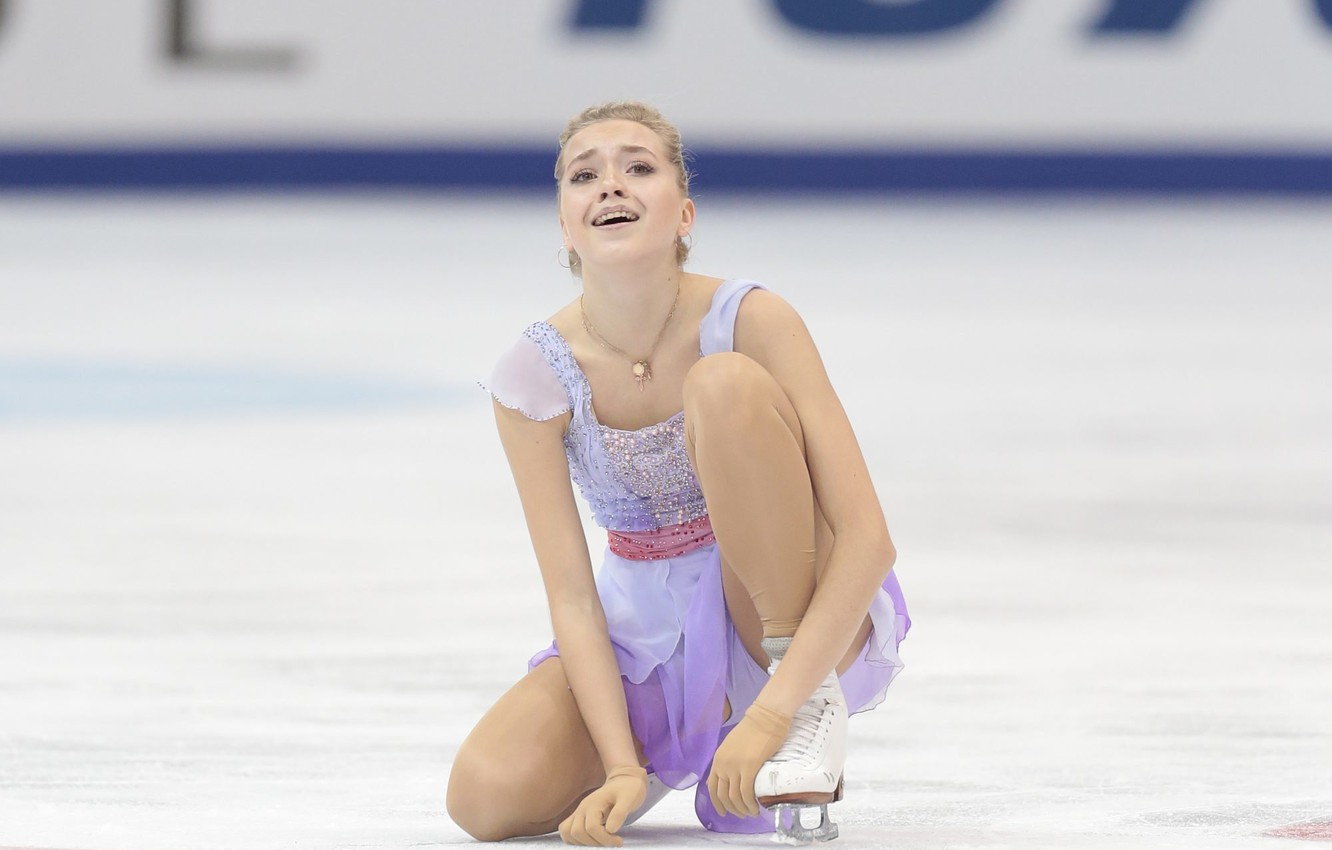 Wallpaper Ice Figure Skating Ice Russia Sitting Russia Skater Elena Radionova Images For Desktop Section Sport Download