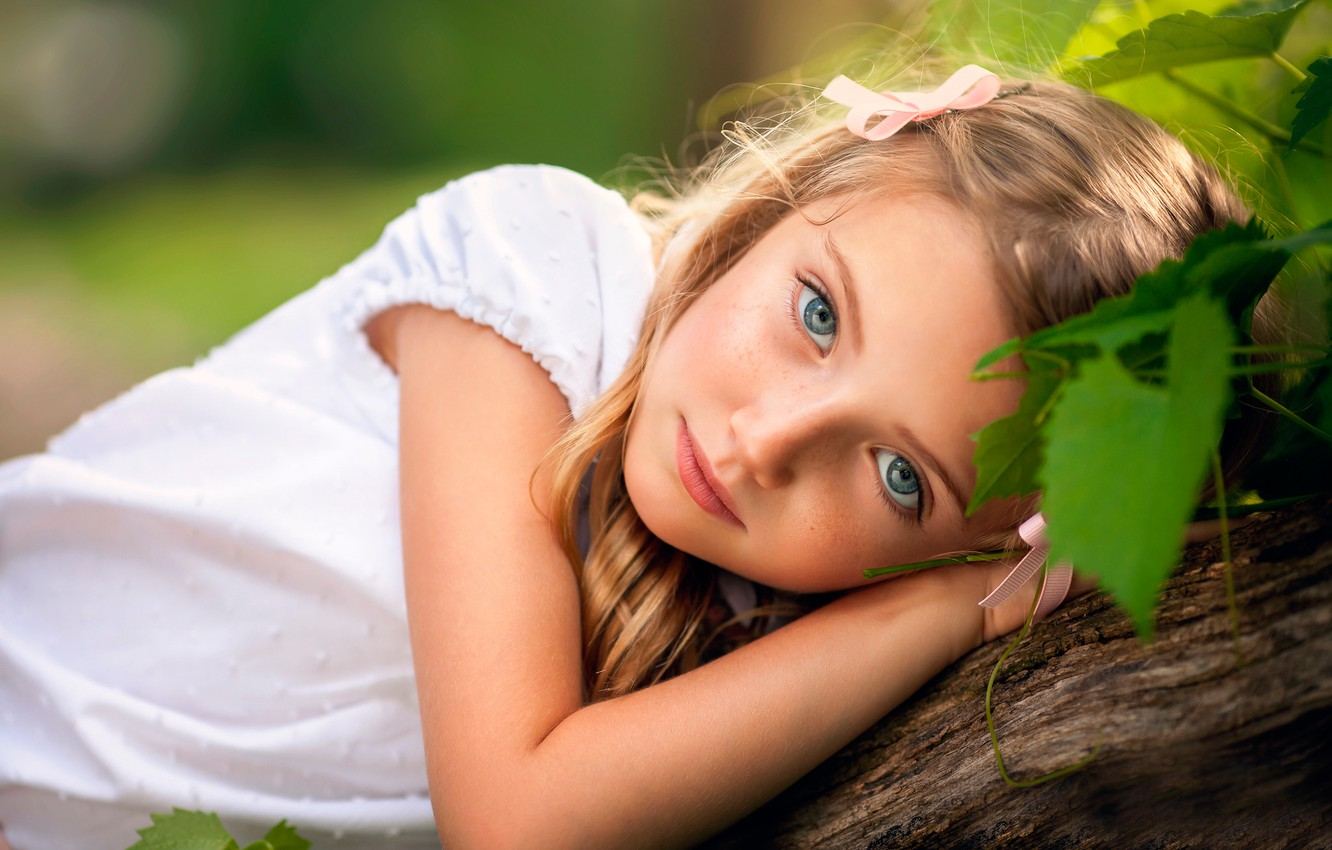 Photo wallpaper look, girl, freckles, Like a Doll, chld photography