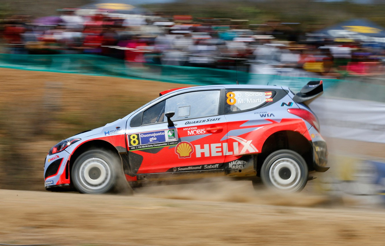 Photo wallpaper Dust, Hyundai, WRC, Rally, i20, Blur, Sordo, Landing