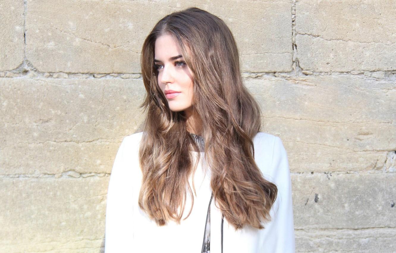 Photo wallpaper face, model, hair, Clara Alonso, stone wall