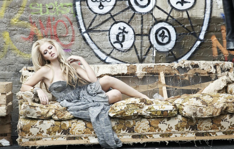 Photo wallpaper pose, sofa, actress, Teresa Palmer, Teresa Palmer