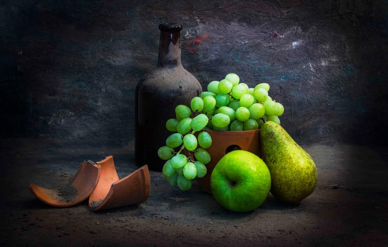 Photo wallpaper fragments, bottle, dust, grapes, pear, Taste the fruit