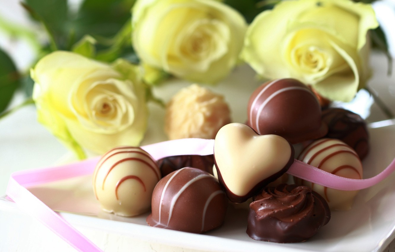 Photo wallpaper white, flowers, chocolate, roses, yellow, candy, sweets, dessert, milk