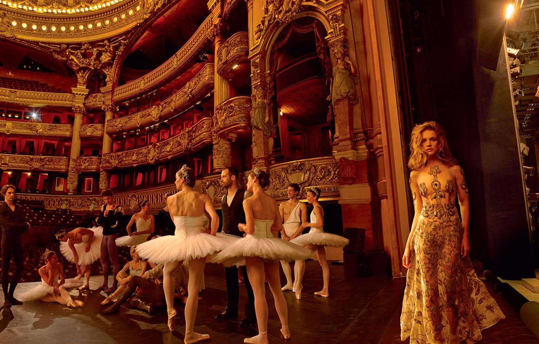 Photo wallpaper theatre, ballet, Natalia Vodianova, ballerina