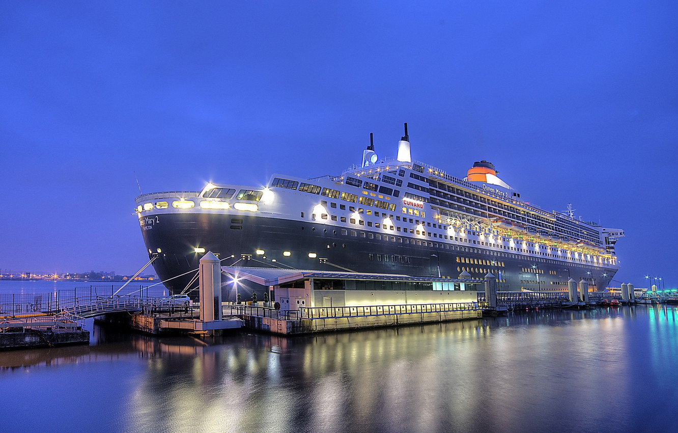 Photo wallpaper night, the city, port, Queen Mary 2, Liverpool