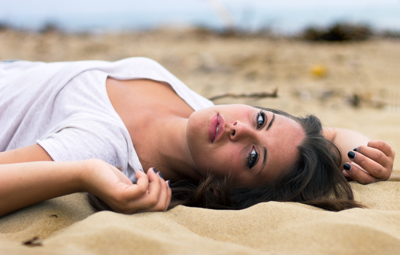 Photo wallpaper sand, look, girl, pose, brunette, lies