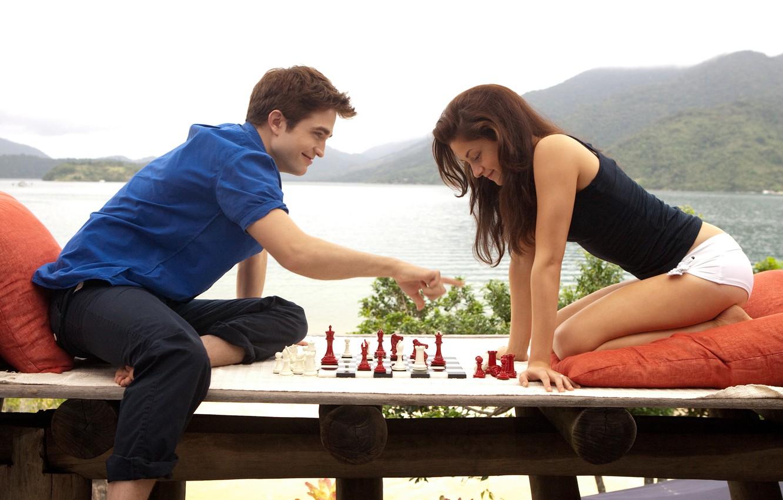 Photo wallpaper dawn, stay, chess, Edward, Bella, Breaking dawn