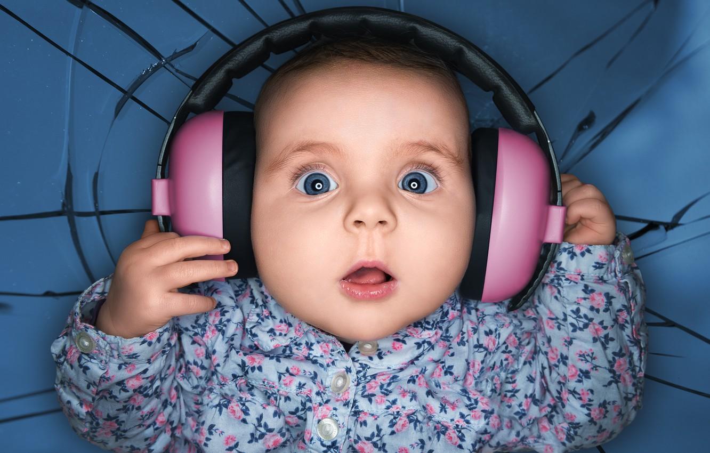 Photo wallpaper headphones, child, delight