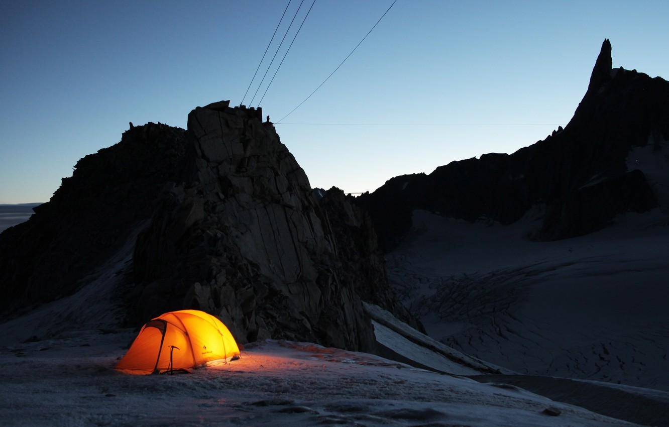 Photo wallpaper snow, rocks, tent, twilight, journey, expedition