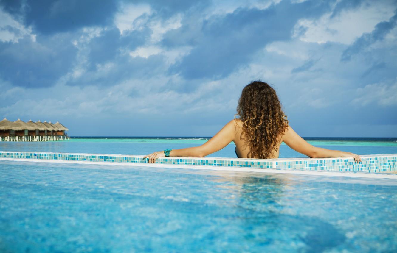 Photo wallpaper girl, background, the ocean, widescreen, Wallpaper, island, pool, wallpaper, girl, the Maldives, pool, ocean, widescreen, …