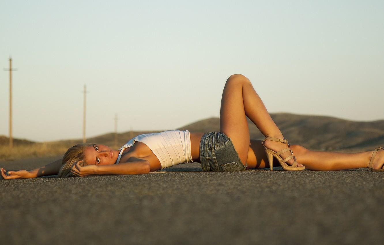 Photo wallpaper road, ass, eyes, sunset, Girl, blonde, beautiful, shorts, topic, Dream Street, Vladimir Kolesnikov