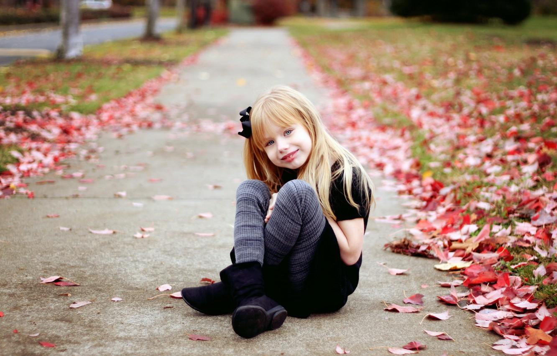 Photo wallpaper autumn, leaves, mood, girl