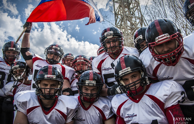 Photo wallpaper the sky, flag, team, American football, Tees