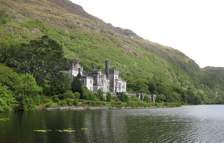 Photo wallpaper Greens, The sky, Nature, Photo, Mountains, Rocks, Lake, Trees, Forest, Castle, Shore, Ireland, Landscape, Castle, …