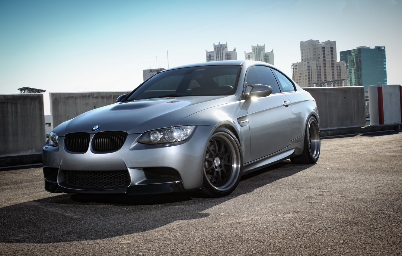 Photo wallpaper roof, the sky, the city, building, bmw, BMW, coupe, silver, Parking, e92, silvery