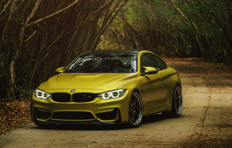 Photo wallpaper BMW, BMW M4, Austin Yellow, BMW M4 Coupe Austin Yellow