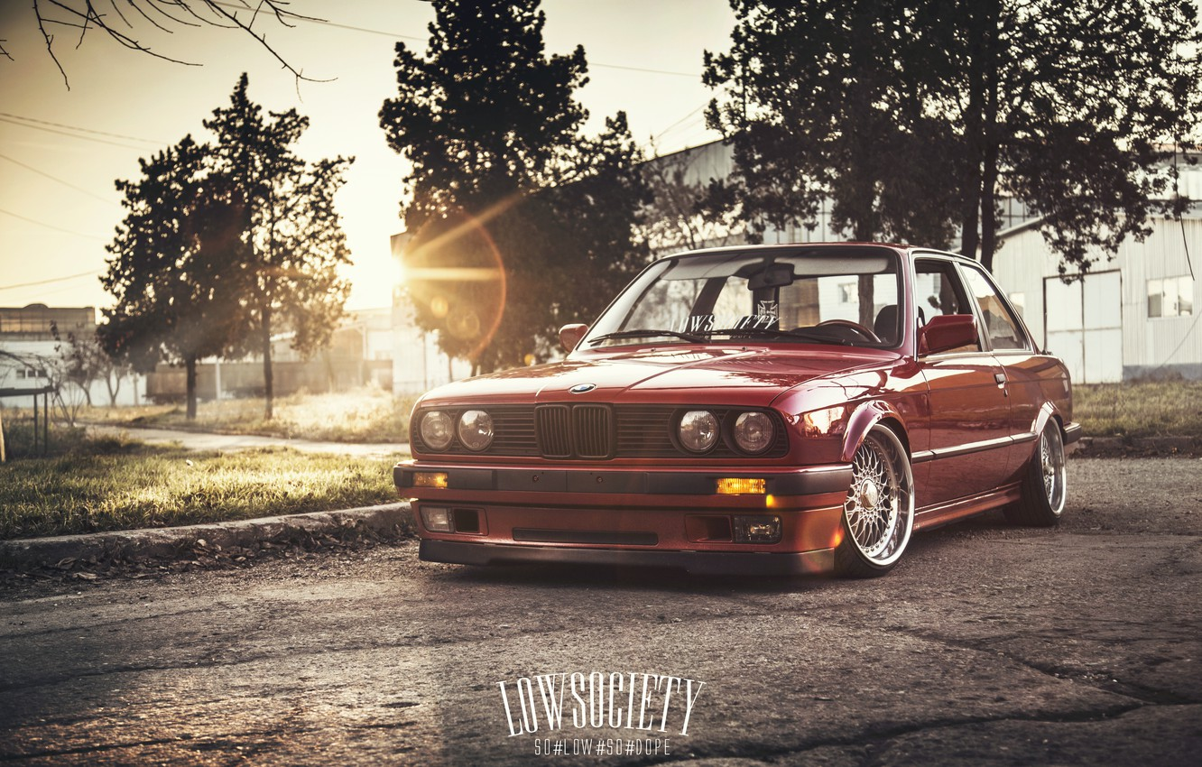 Wallpaper Car The Sun Bmw Red Blik Low E30 3 Series Stance Hq Wallpapers Images For Desktop Section Bmw Download