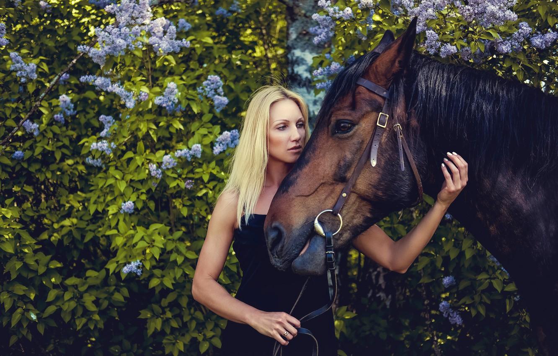 Photo wallpaper girl, foliage, horse, portrait, garden, dress, blonde, the bushes, lilac, in black