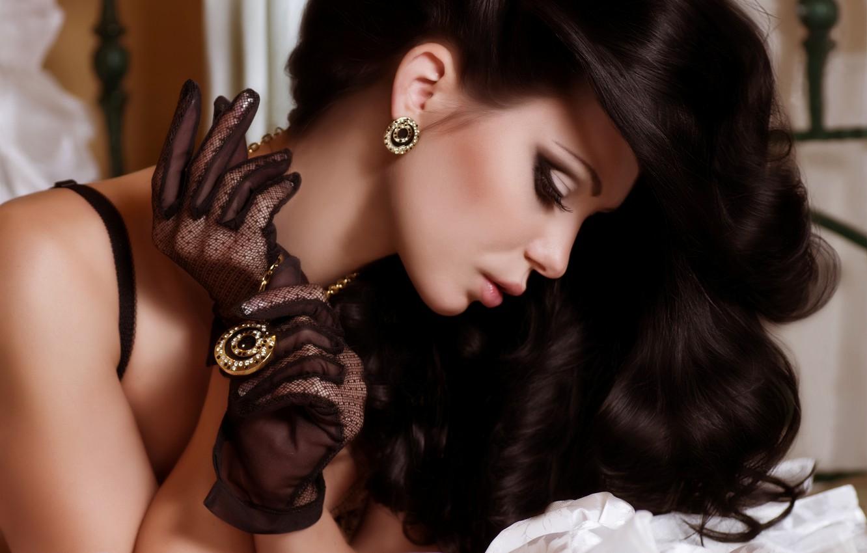 Photo wallpaper girl, decoration, face, model, hair, earrings, makeup, brunette, medallion, pendant, gloves, long