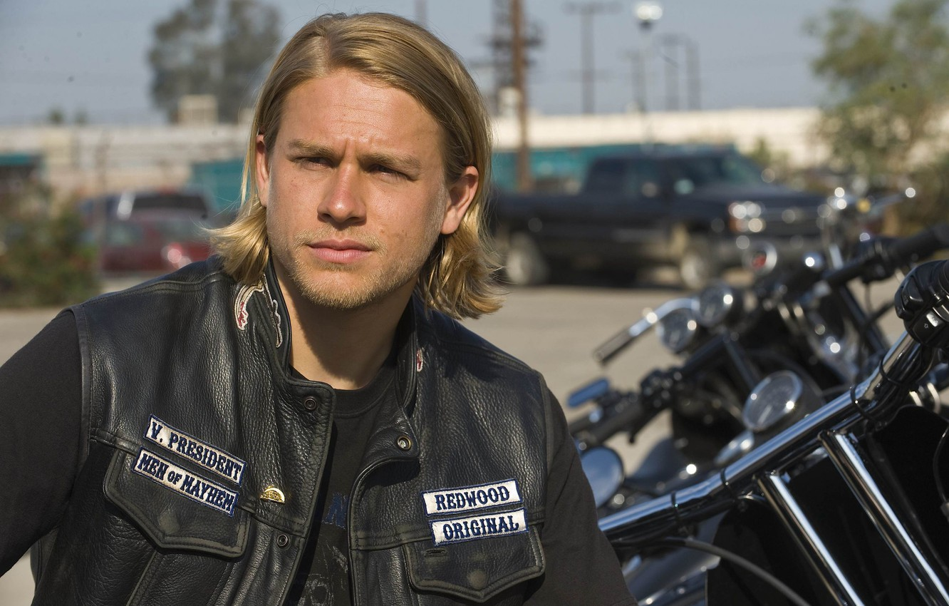 Wallpaper Look The Series Actor Charlie Hunnam Sons Of