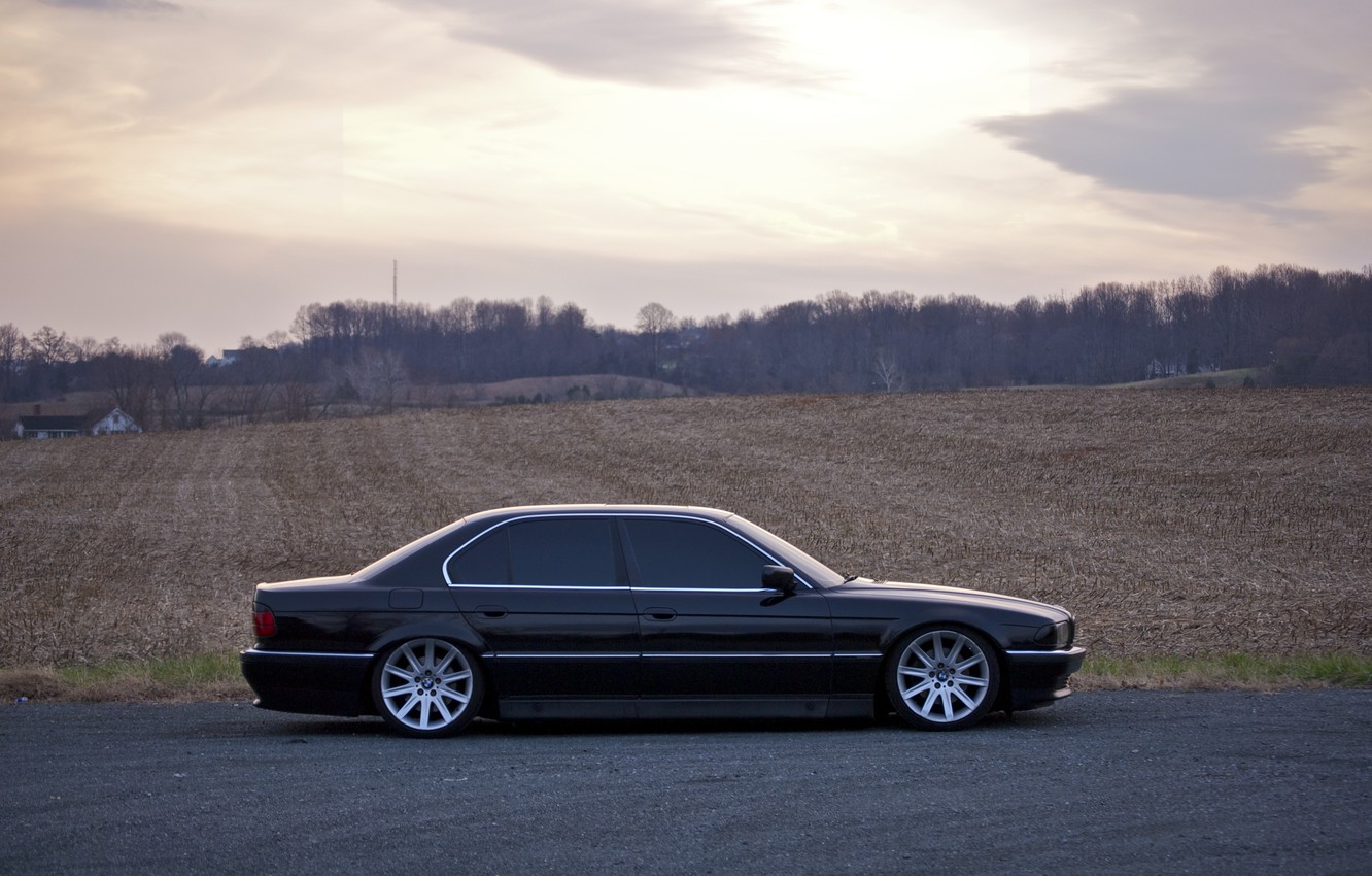 Photo wallpaper Field, Black, BMW, Boomer, BMW, 740, Black, Side, E38, Bimmer