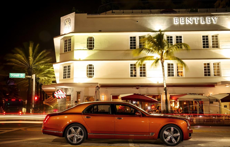 Photo wallpaper orange, photo, Bentley, car, side, metallic, luxury, 2015, Mulsanne Speed